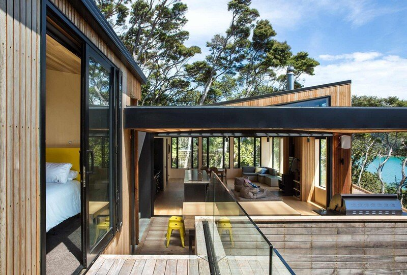 Holiday Home for a Family of Four on Kawau Island Dorrington Atcheson Architects (22)