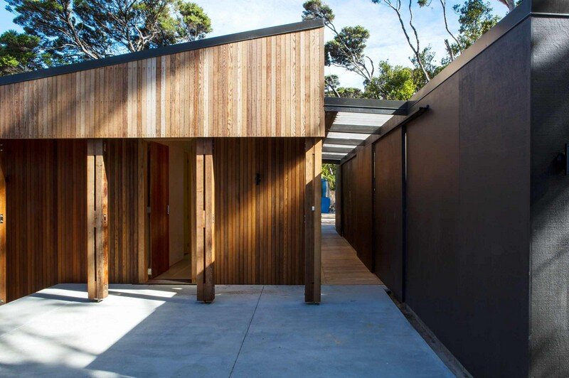 Holiday Home for a Family of Four on Kawau Island Dorrington Atcheson Architects (4)