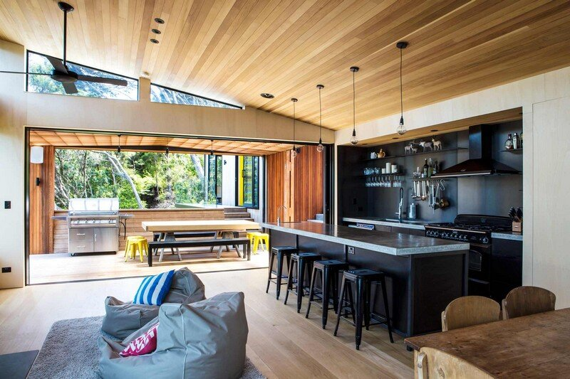 Holiday Home for a Family of Four on Kawau Island Dorrington Atcheson Architects (8)