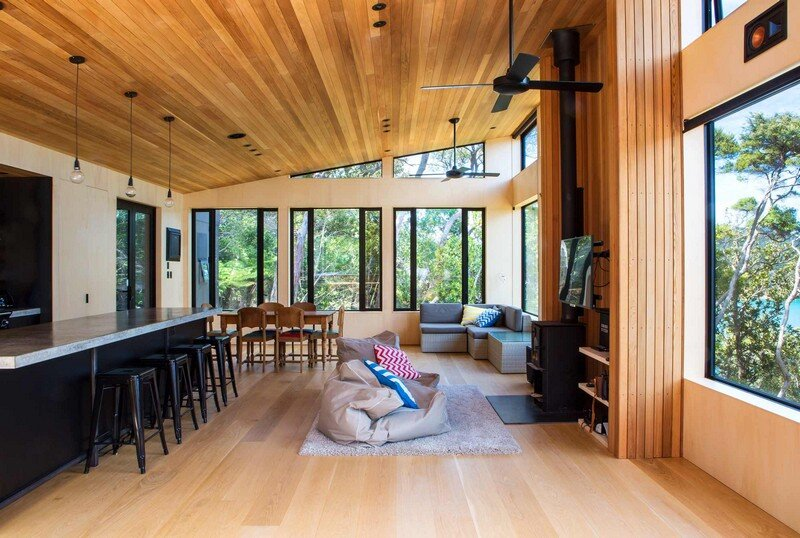 Holiday Home for a Family of Four on Kawau Island Dorrington Atcheson Architects (9)