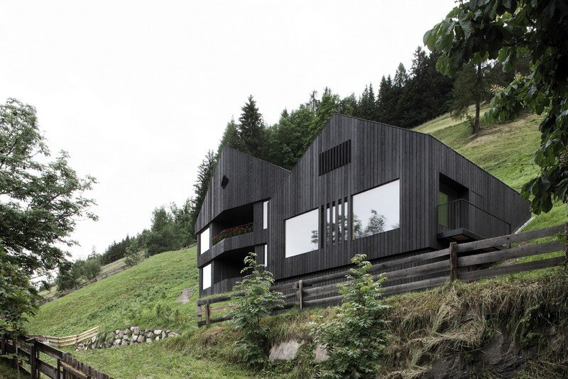 La Pedevilla - Modern Refuge in the Dolomites Pedevilla Architects (1)