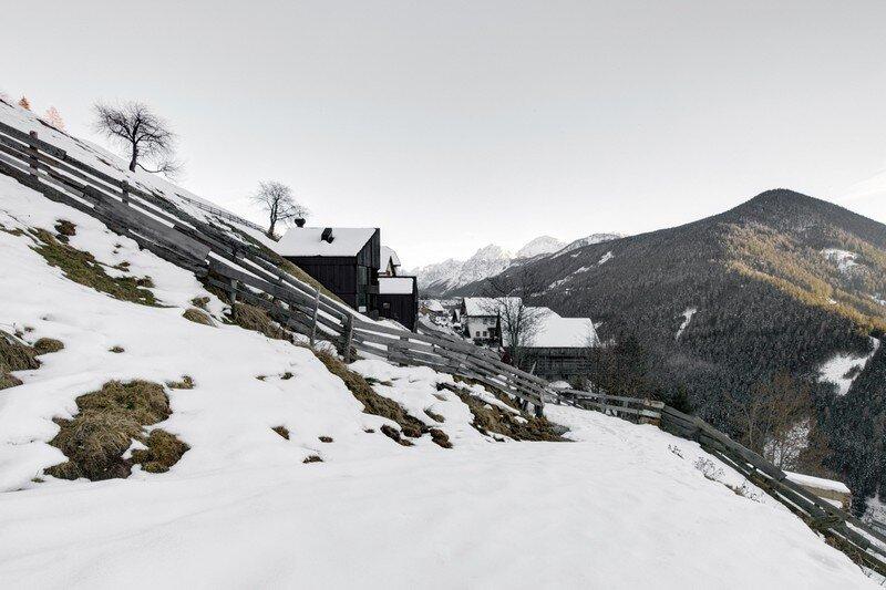 La Pedevilla - Modern Refuge in the Dolomites Pedevilla Architects (15)