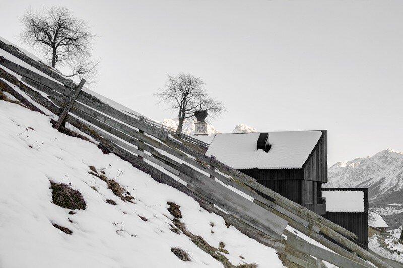 La Pedevilla - Modern Refuge in the Dolomites Pedevilla Architects (8)