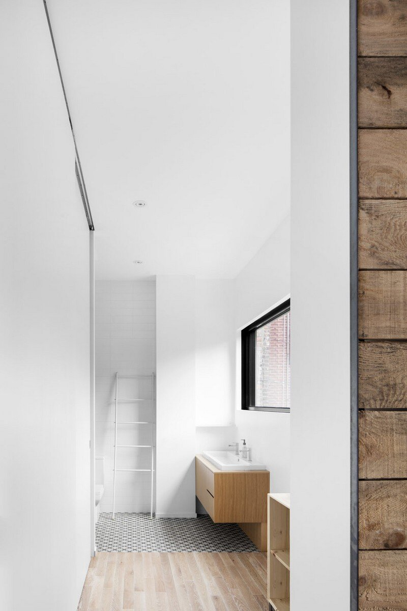 Mentana House - Minimalist Home by EM Architecture (10)