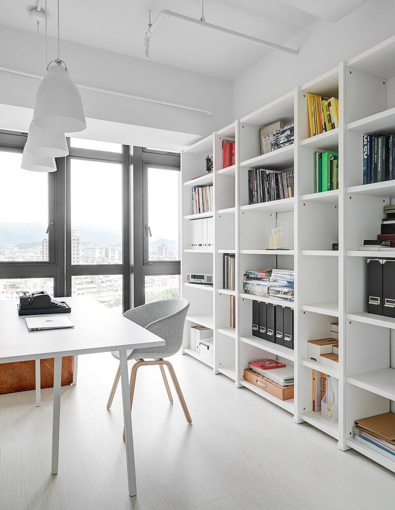 Minimalist White Apartment - Tsai Residence by Tai & Architectural Design (9)