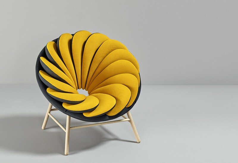 Quetzal Armchair - 14 Overlapped Bicolor Pillows Creates an Amazing Visual Impact (6)