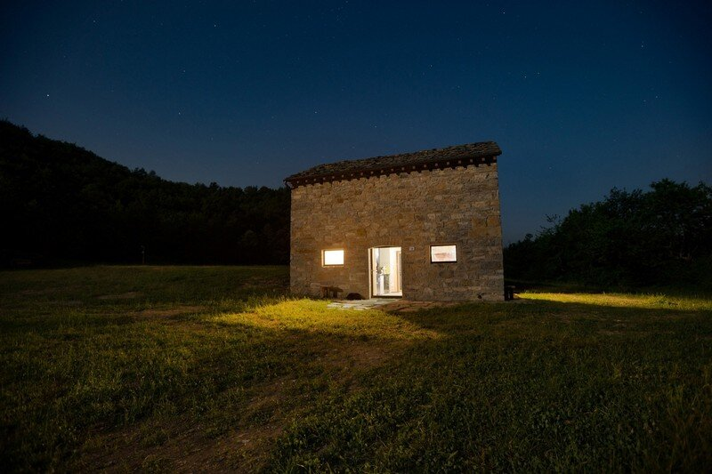 Restored Farm Building by Studio Contini (11)
