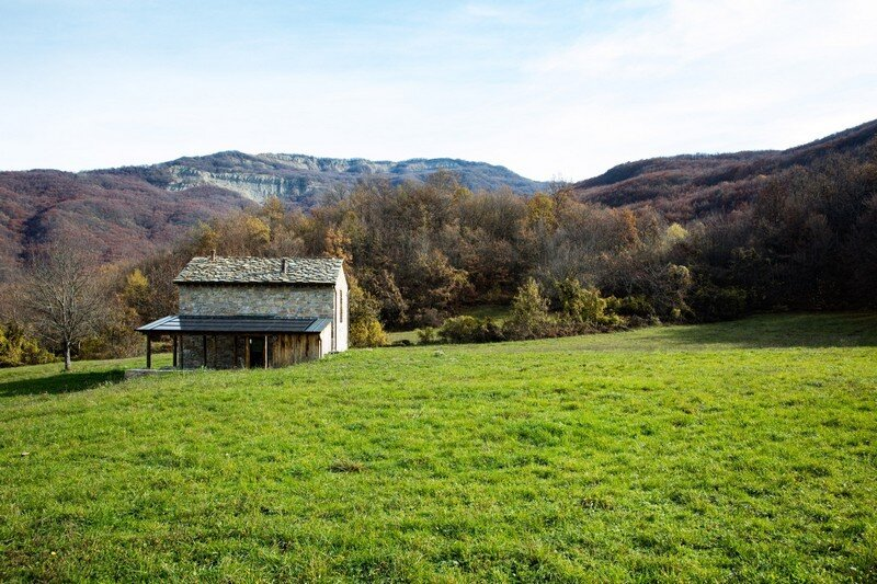 Restored Farm Building by Studio Contini (5)