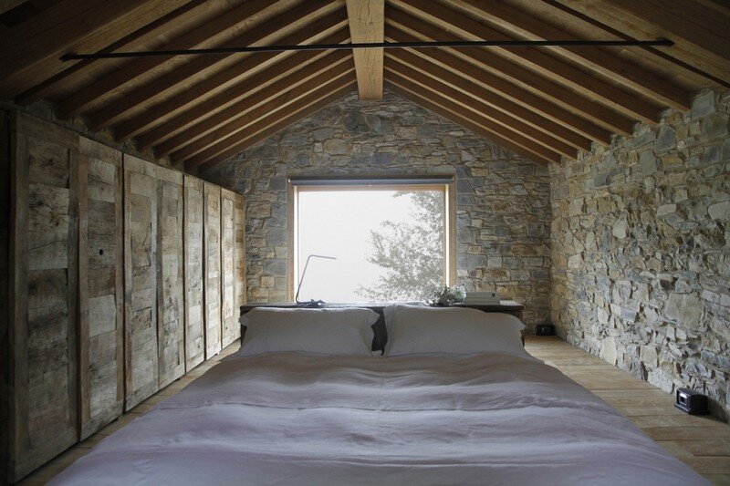 Restored Farm Building by Studio Contini (7)