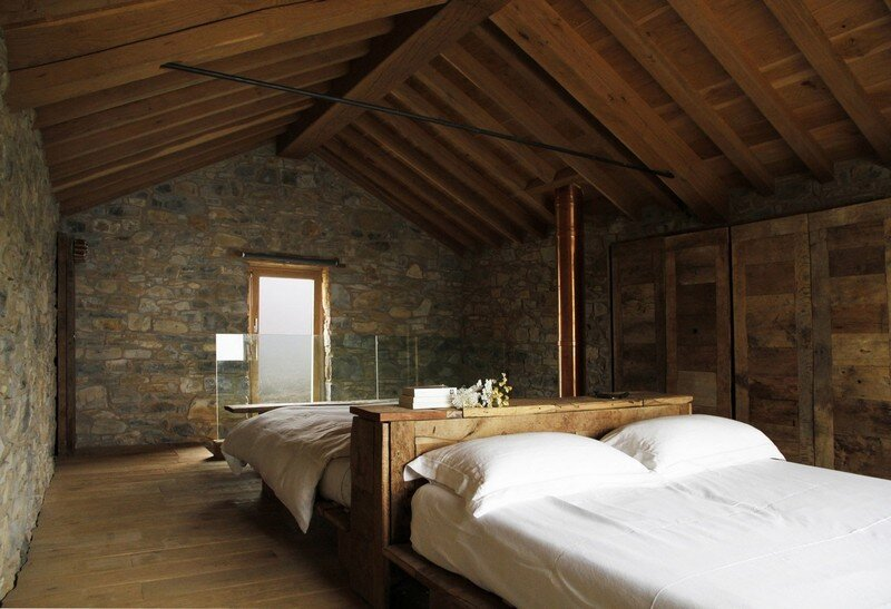 Restored Farm Building by Studio Contini (8)