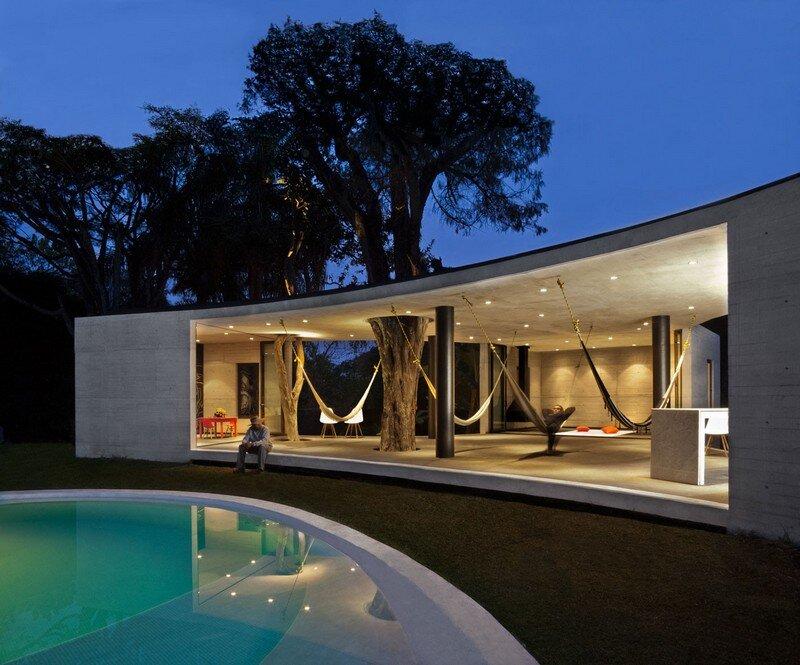 Tepoztlan Lounge - Modern Concrete Bungalow by Cadaval & Sola-Morales (14)