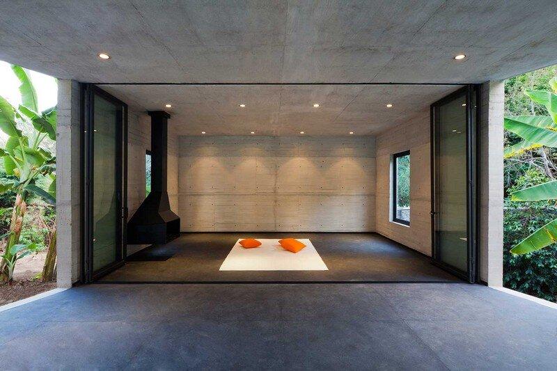 Tepoztlan Lounge - Modern Concrete Bungalow by Cadaval & Sola-Morales (4)