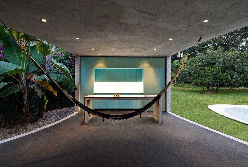Tepoztlan Lounge - Modern Concrete Bungalow by Cadaval & Sola-Morales (5)