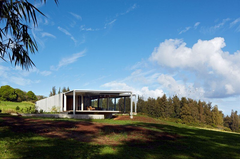 This Stunning House Offers Expansive Views of the Coast of Big Island, Hawaii 10