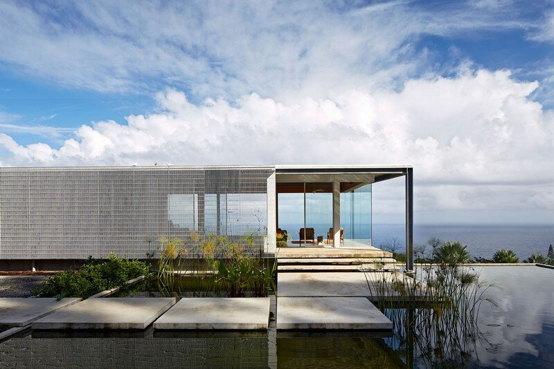 This Stunning House Offers Expansive Views of the Coast of Big Island, Hawaii 2