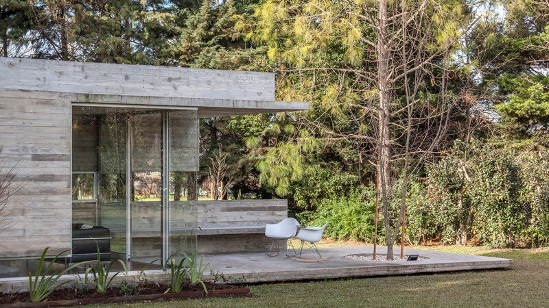 Torcuato House Pavilion by Besonias Almeida Arquitectos (3)