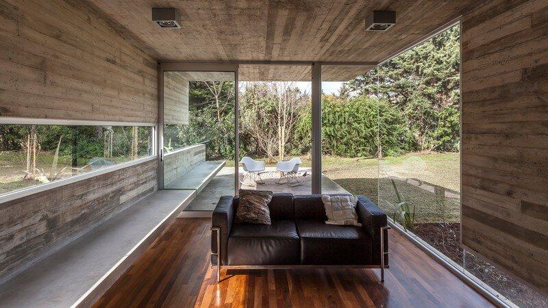 Torcuato House Pavilion by Besonias Almeida Arquitectos (5)