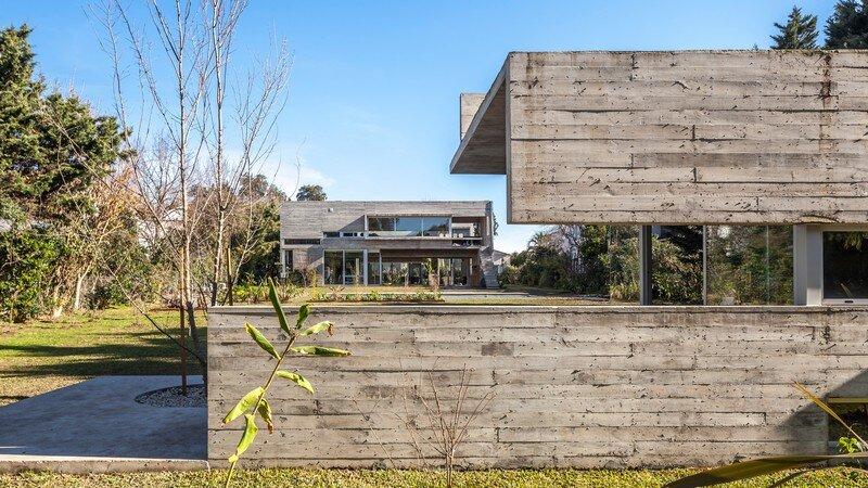 Torcuato House Pavilion by Besonias Almeida Arquitectos (6)