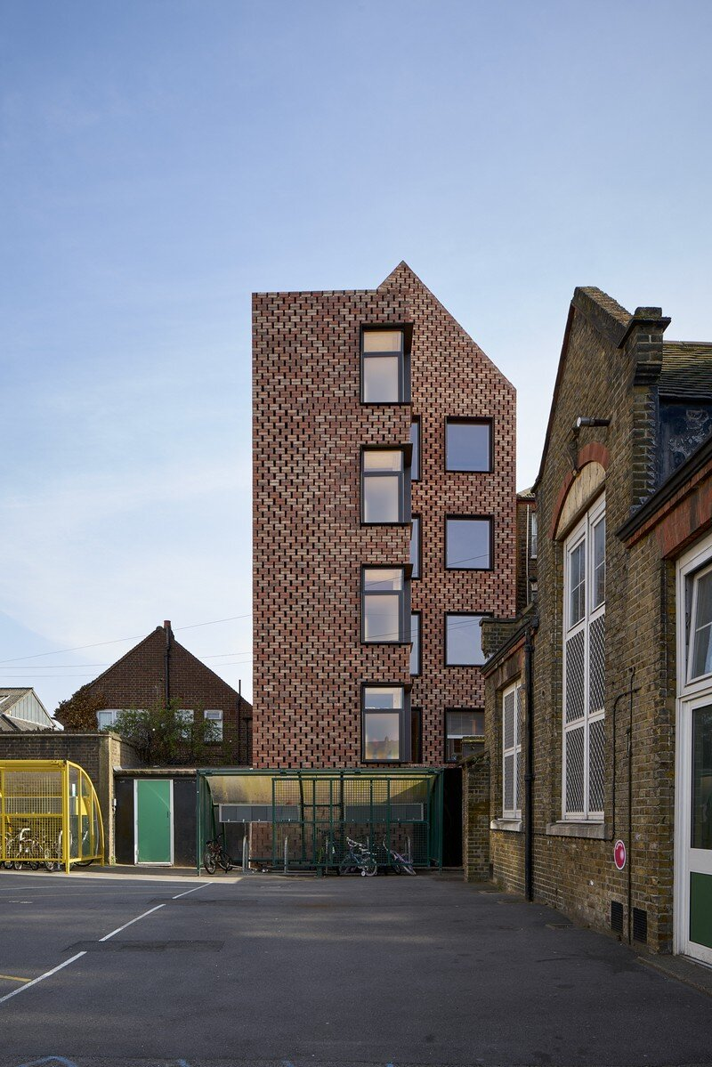 Barretts Grove Apartments in London Groupwork and Amin Taha 21