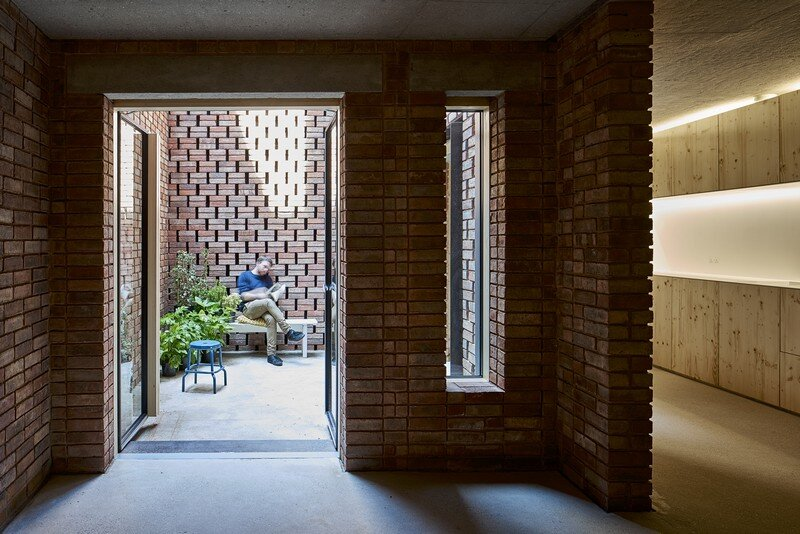 Barretts Grove Apartments in London Groupwork and Amin Taha 15