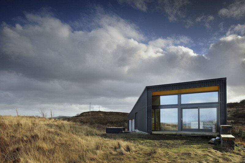 black house family home on the isle of skye scotland. Black Bedroom Furniture Sets. Home Design Ideas