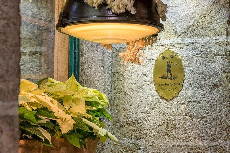 Coffee Grill Restaurant in Lisbon Yaroslav Galant 14