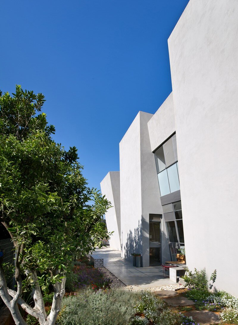 Ecological House Herzliya by Neuman Hayner Architects 13