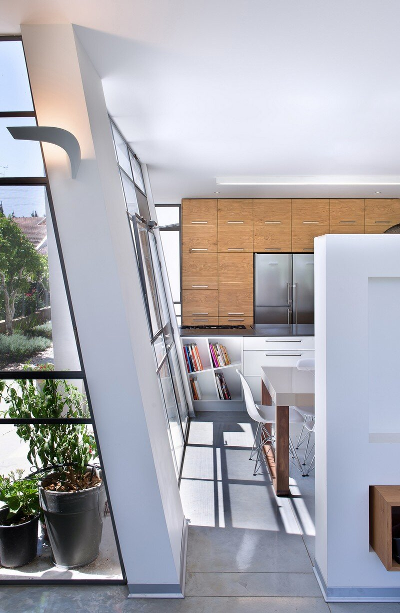 Ecological House Herzliya by Neuman Hayner Architects 12