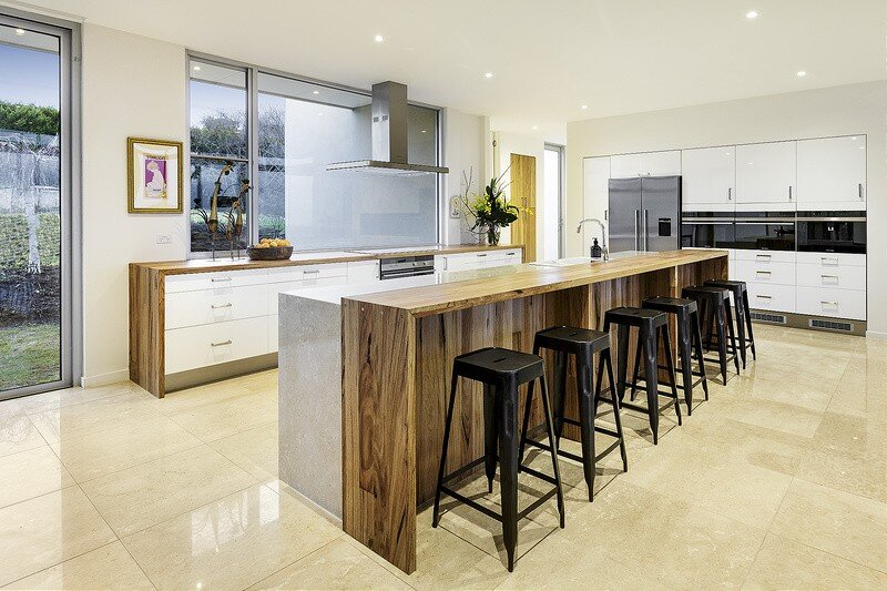 Eliza House - Innovative and Luxurious New Modern Residence by MRTN Architects 6