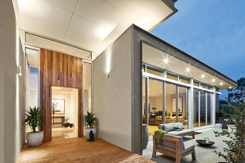 Eliza House - Innovative and Luxurious New Modern Residence by MRTN Architects 1