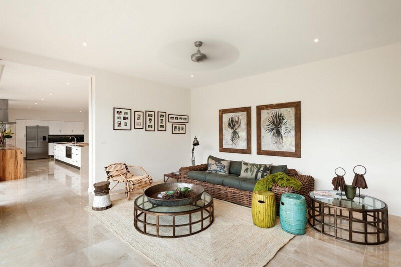 Eliza House - Innovative and Luxurious New Modern Residence by MRTN Architects 14