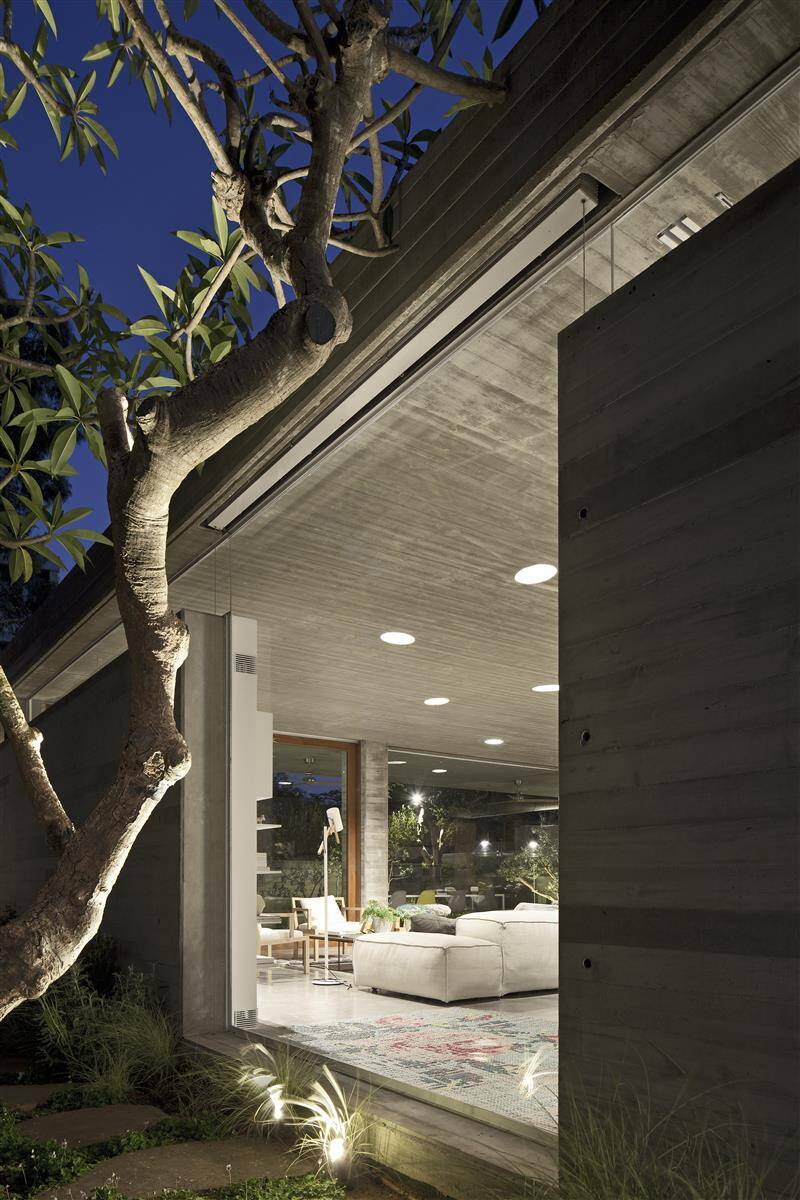 Kedem House in Ramat HaSharon- A House of an Architect (19)