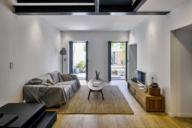 Marseille Duplex – Complete Refurbishment by T3 Architecture