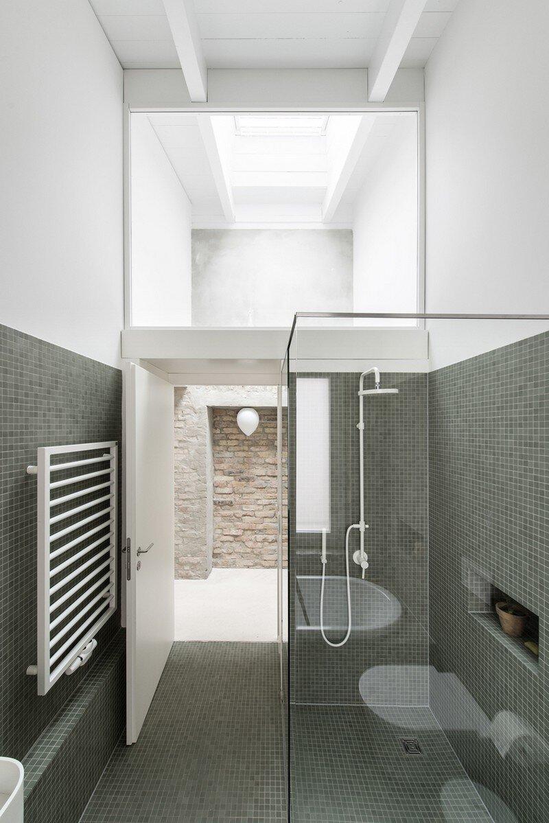 Miller House in Berlin / Asdfg Architekten 7