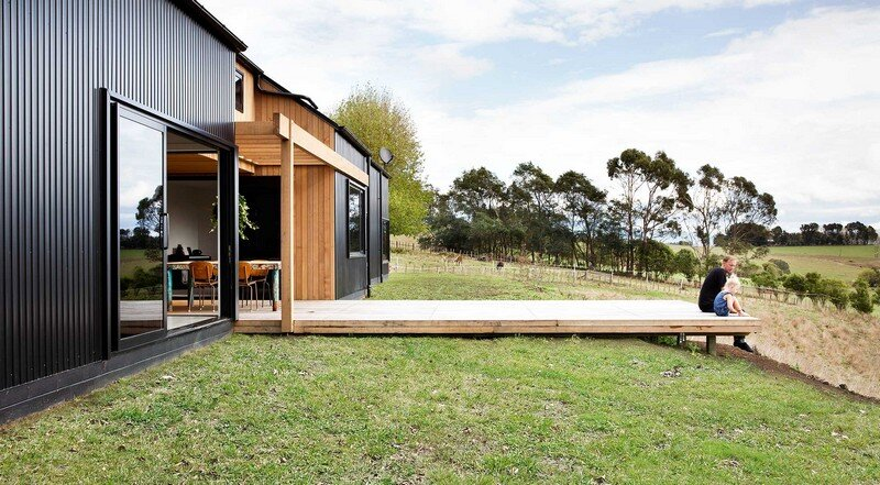Modern Barn Form by Red Architecture 12