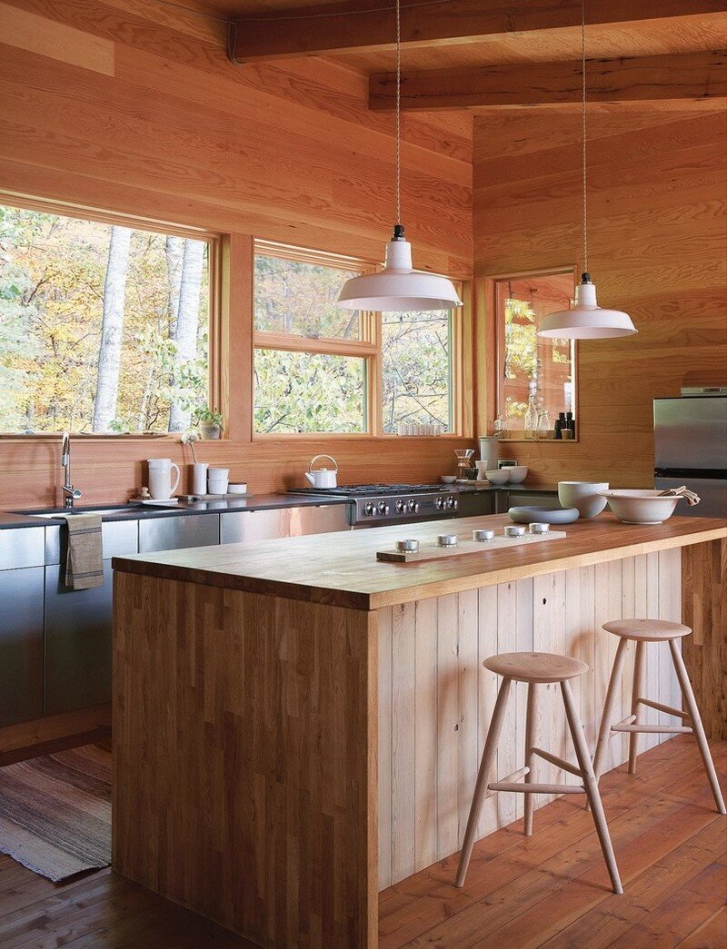 Off-the-Grid Cottage Nature-Inspired Retreat in Haliburton Highlands 7