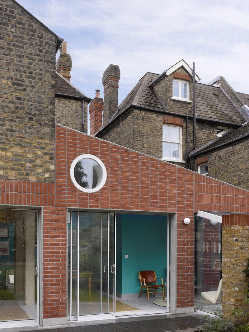 Sanderson House - Extension to a Victorian house in the Form of a Fox 1