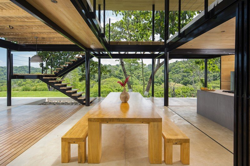 Sustainable Terrace House Almost Completely Open To The Outside (12)