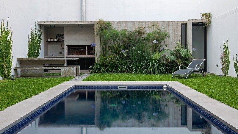Two Houses Conesa in Buenos Aires / Besonias Almeida 2