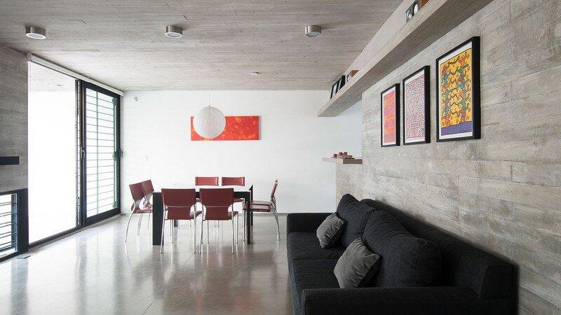 Two Houses Conesa in Buenos Aires / Besonias Almeida 4