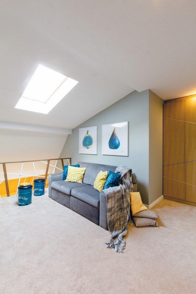 Yellow Apartment - A Bath of Splashy Lights by Hamid Nicola Katrib 14