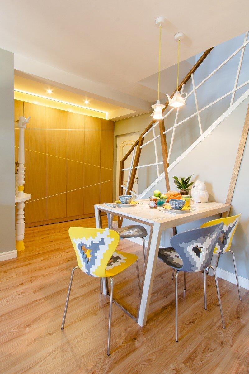 Yellow Apartment - A Bath of Splashy Lights by Hamid Nicola Katrib 10