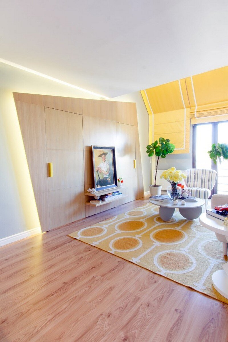 Yellow Apartment - A Bath of Splashy Lights by Hamid Nicola Katrib 2