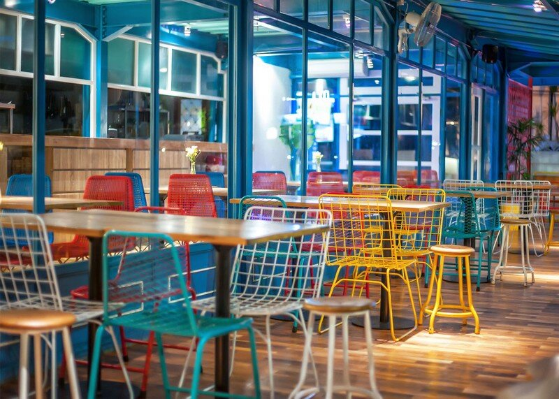Yelo Eatery - Pop Interiors with Modern Industrial Vibe 9