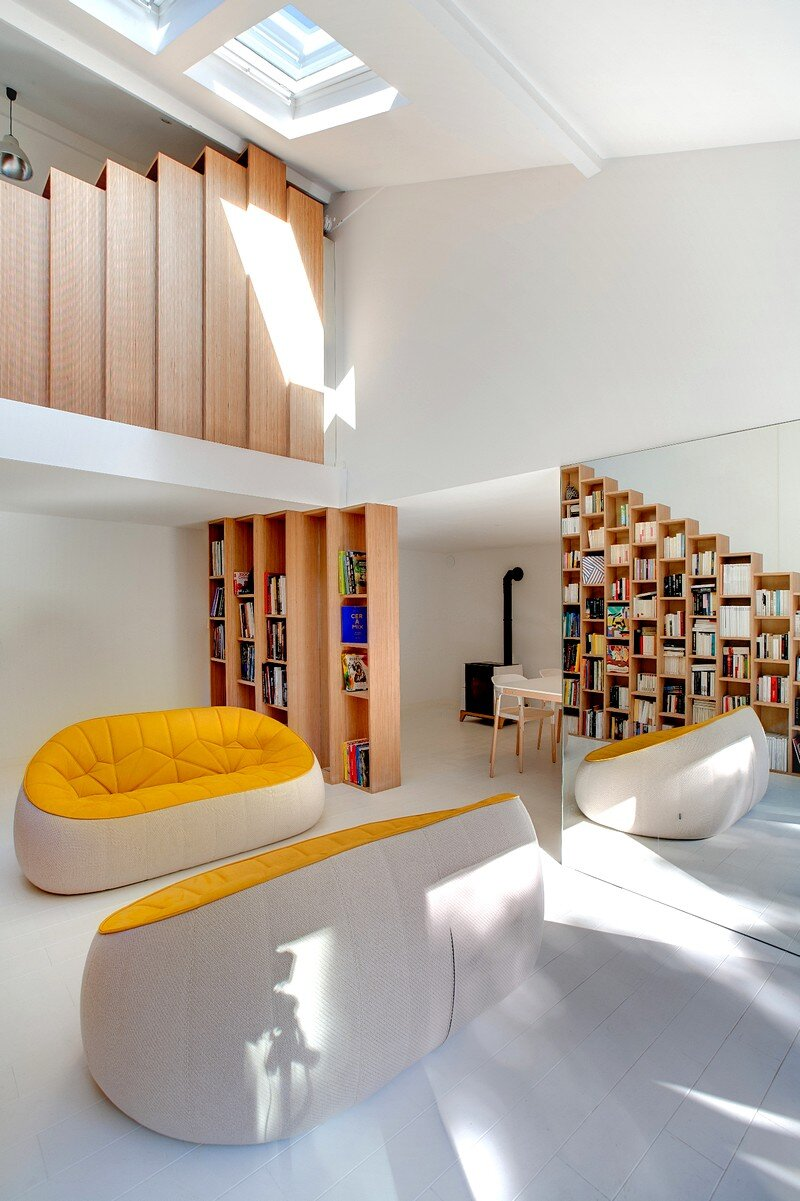 Bookshelf House 1