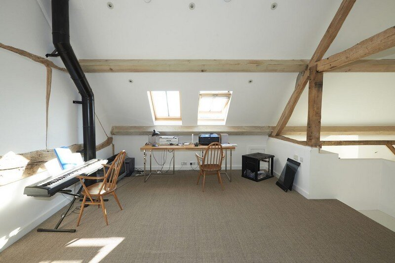 Contemporary Barn Conversion 16