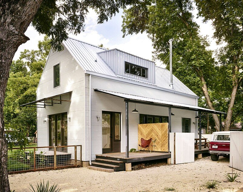 Wall House A Modern Farmhouse With Energy Efficient
