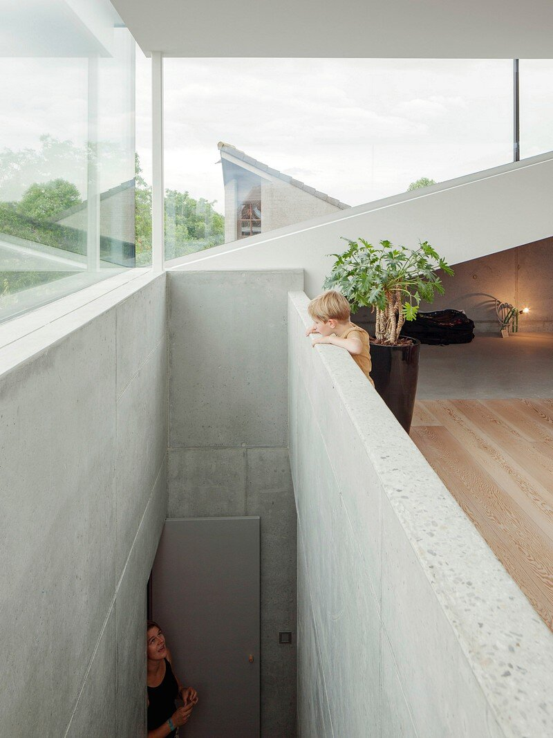 Freestanding Concrete House 13