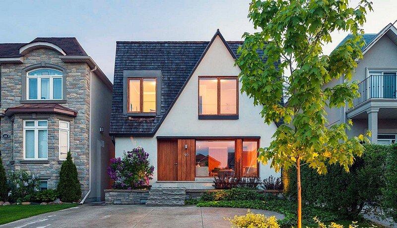 Leaside Residence