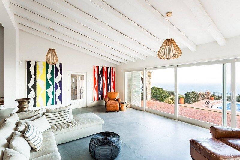 Mas Nou House – Interior Renovation by 05AM Arquitectura